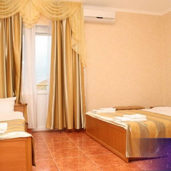 Отель Золотой 2-3-4 местный стандарт 1