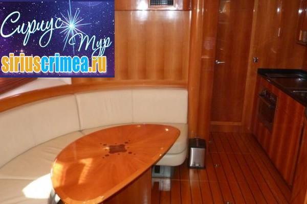 Windy 52 моторная яхта в аренду