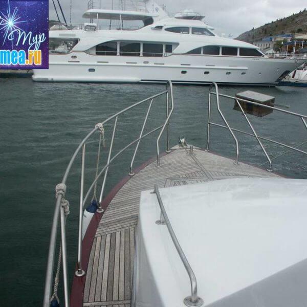 Моторная яхта Тетис фото 5