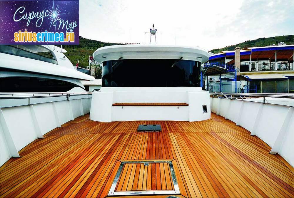 Моторная яхта Валентина фото 5