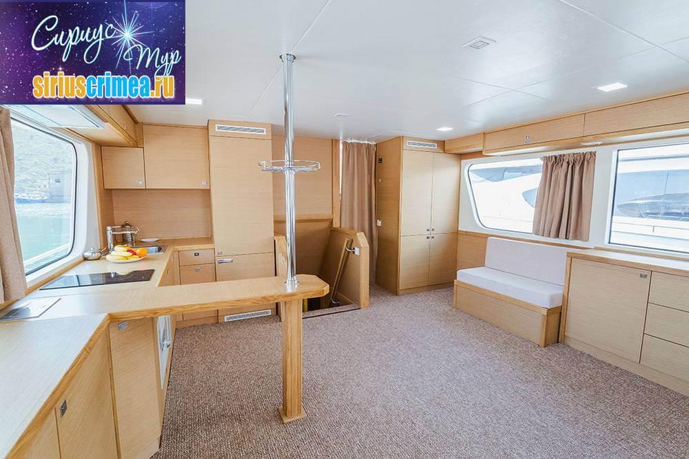 Моторная яхта Валентина фото 7